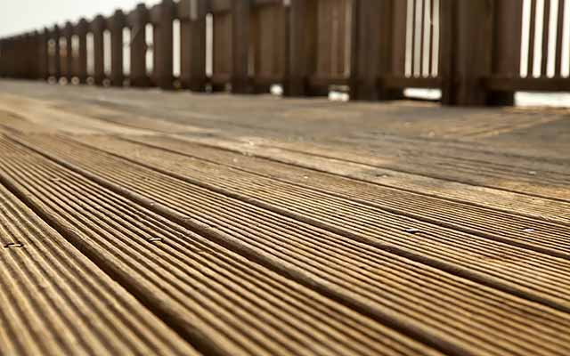 Wooden Decking Cleaner and Stain