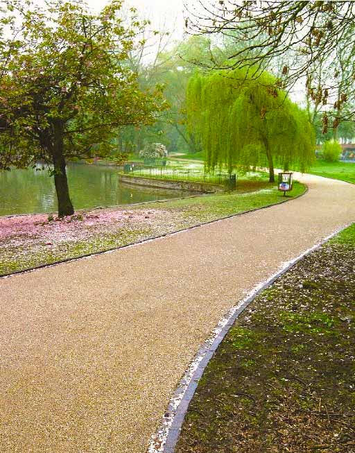 Stonegrip resin bond for footpaths