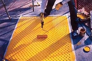 How to apply anti slip paints