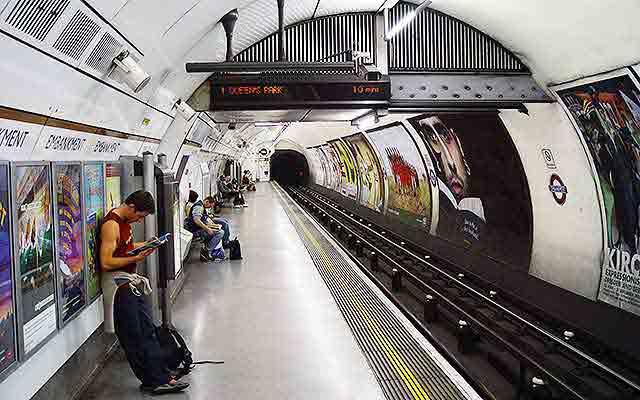 London Underground Line Marking Paint