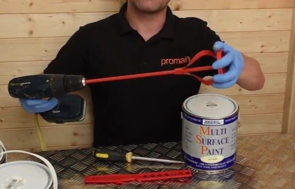 How to Stir Paint