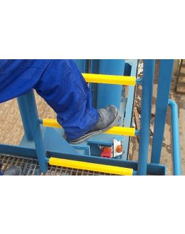 Centrecoat GRP Slip Resistant Ladder Rung Covers